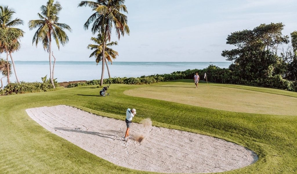 Golf Shangri-la's Villingili resort & spa au Maldive